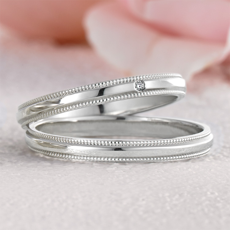 鍛造の結婚指輪プチマリエ 積み重なったPM43 PM44